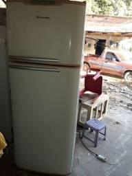 Casco de geladeira grande
