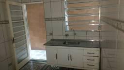 casa com 2 dormitórios e garagem Guarapiranga