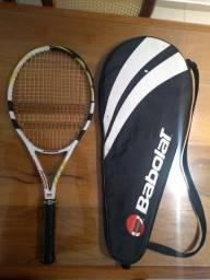 Raquete tênis Babolat raquete muito nova, top. Raquete acompanha capa protetora.