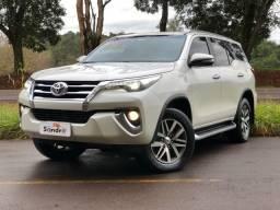 Toyota Hilux Sw4 SRX 4P