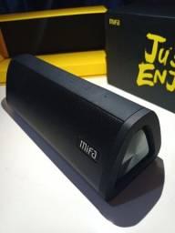 Caixa de som Bluetooth produto de ótima qualidade