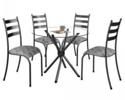 Conjunto mesa vidro com 4 cadeiras R$ 699,00 À vista