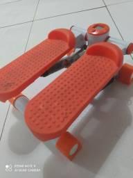 Mini steper simulador de caminhada