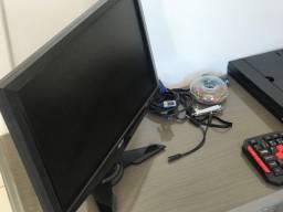 Tela de monitor impecável