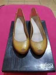 Sapatilha Melissa Ultragirl ouro/glitter