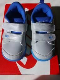 Tênis Nike Infantil com Velcro Pico LT tamanho 21 7b9961d67518c