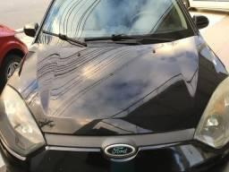 Ford - Fiesta sedam 1.6 ano 2011, completo, único dono, emplacado 2018 - 2011