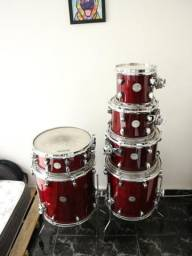 Mapex Meridian Maple Cherry Red
