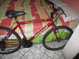 Bicicleta aro 26 - com marcha