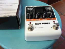Pedal NUX mod force ambiências e modulações parcelo