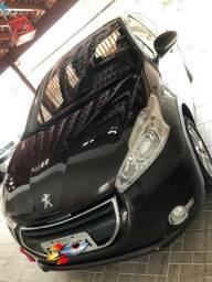 Peugeot 208 1.5 Allure 4 portas Teto Solar Panorâmico Completíssimo - 2014