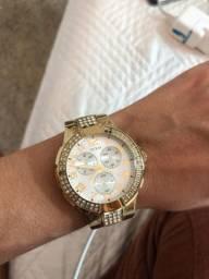 Relógio GUEES