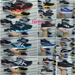 Tênis Nike adidas Mizuno,, apenas ,,