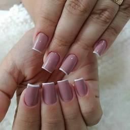 Procuro manicure profissional
