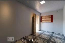 Título do anúncio: Casa 3 quartos com barracão no fundo de 4 cômodos