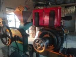 Título do anúncio: Motor Agrale M80 e forrageira D4 .
