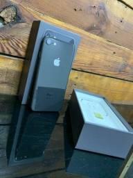 iPhone 8, 64gb - Impecável | Nota Fiscal | Acessórios Apple - Act Cartões