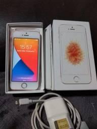 Impecável! celular Iphone Se 32gb, etodo original, com caixa