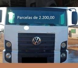 Título do anúncio: VW Constellation 24.250 2010 Munck Entrada mais Parcelas com Contrato de Serviço.