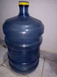 Galão de água Santa Joana
