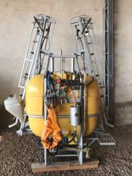 Pulverizador KO 600 litros, sistema 4 vias, comando hidráulico