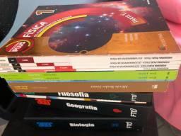 Livros FTD e Moderna Plus