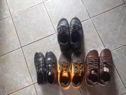 Vendo esses sapatos seminovo.usado poucas vezes.