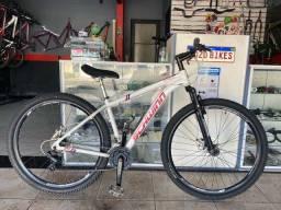 Bicicleta Schwim 29 de Alumínio Semi Nova