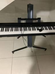 Piano Yamaha P- 45