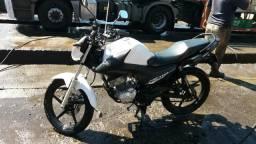 Moto Yamaha Factor 150 - 2016