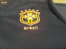Camisa Seleção Brasileira Semi Nova tamanho M Original!!!