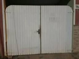 Vendo portao de madeira paraju