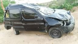 Sucata Renault patner 2011