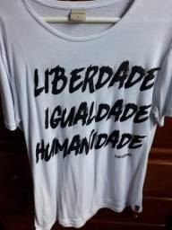 Camiseta Handbook