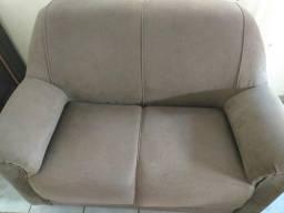 Vende se jogo de sofá 2 e 3 por motivo de viaje