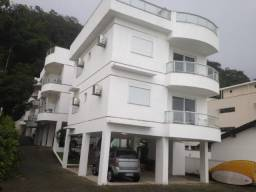 Angra dos Reis - RJ - Apto 2 quartos com varanda - em frente a Praia Grande