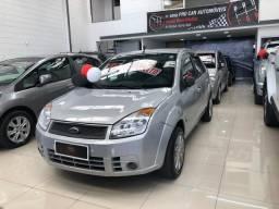 Fiesta 1.6 Flex Sedan Completo - 2010