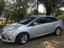 Ford focus- Parcelo