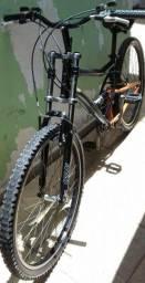 Bicicleta caloi 21 marchas aro 26 com 02 amortecedores