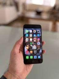 iPhone 8 Plus - em até 10x R$219,90