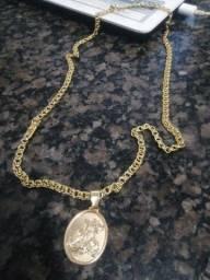 Lindo cordão banhado a ouro 10mm