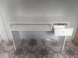 Vende mesa para escritório/estudos( entrego)