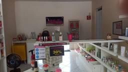 Título do anúncio: *Baixou* Vendo loja maquiagem, perfumaria e acessórios !