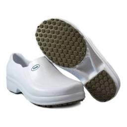 Sapato n° 37(novo) para proficionais