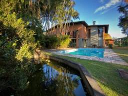 Casa com 4 dormitórios à venda, 521 m² por R$ 1.800.000 - Chácara Vale do Rio Cotia - Cara
