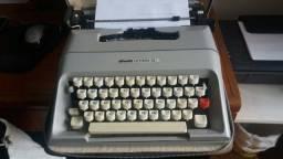 Maquina escrever olivette 35