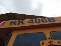 Retroescavadeira Randon RK406B