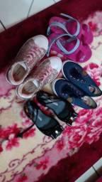Vendo 4 pares de sapato feminina por 100