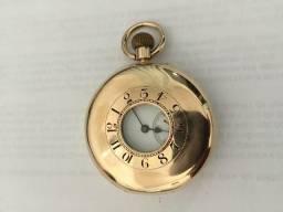 Relógio de ouro Inglês marca Rotherham