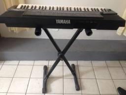 Teclado yamaha PSR 410
